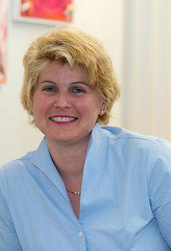 Dr. Anna Barbara Keck